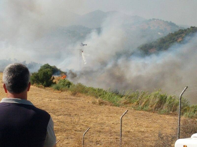 Fotos del incendio declarado en Estepona