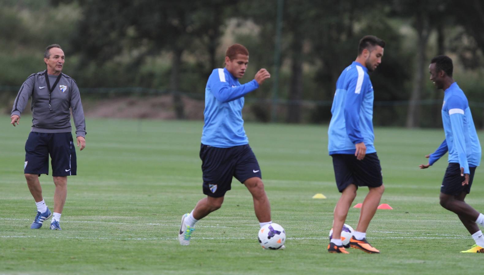 El Málaga entrena en Birmingham