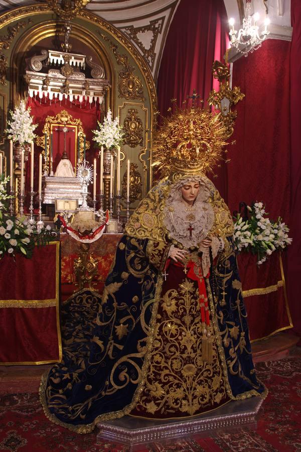Mater Dei: Besamanos a más de cincuenta Vírgenes de Málaga