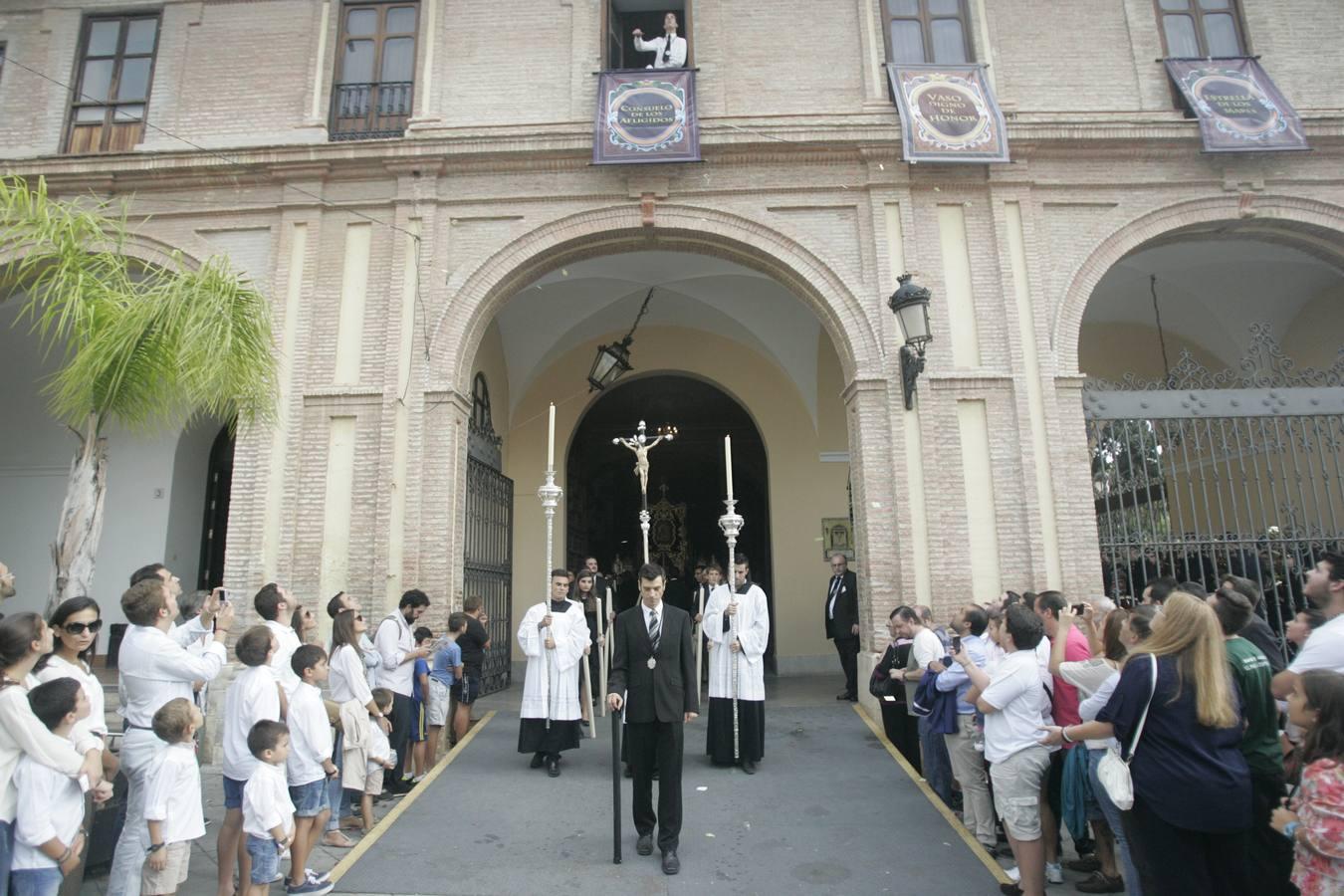 La Virgen de Fe y Consuelo procesiona en el Mater Dei