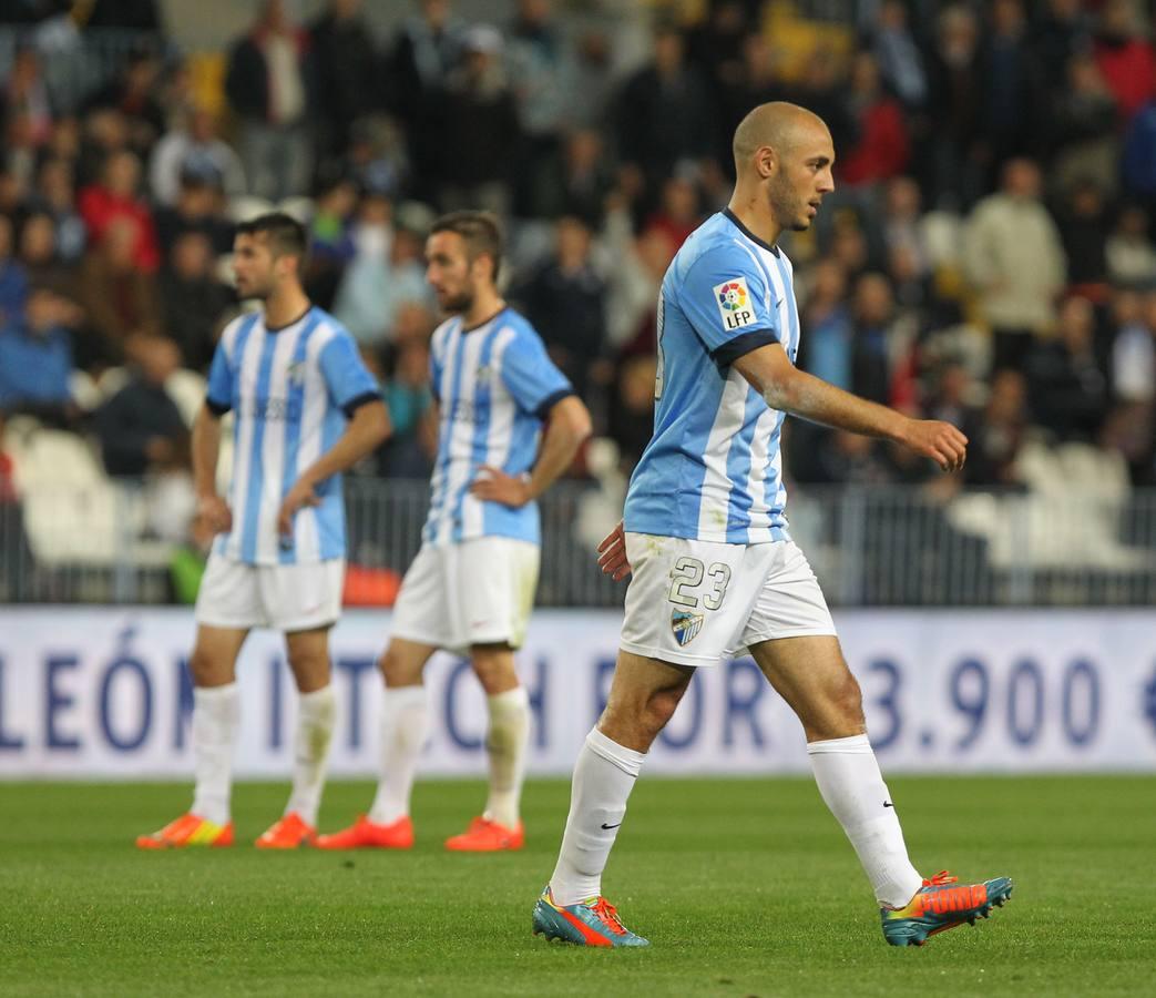 El partido Málaga-Villarreal, en fotos (y II)