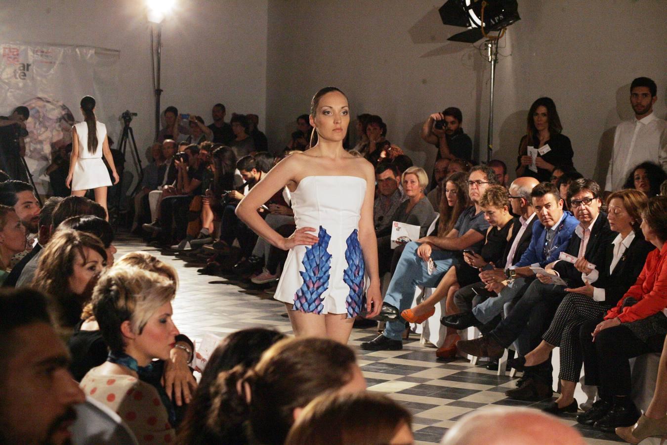 Fotos del desfile de moda PaseArte, en La Térmica